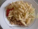 echar la pasta y mezclar con la verdura