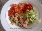 picar la verdura para ensalada de pasta