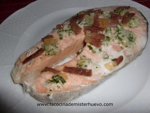 salmon en papillote con jamon