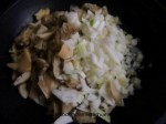 rehogar cebolla y setas